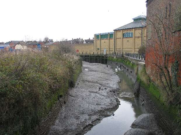 Faversham 2008 Amp 2009 P1